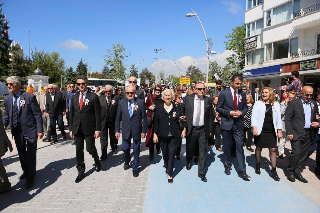 Bolu halkı İzzet Baysal için yürüdü